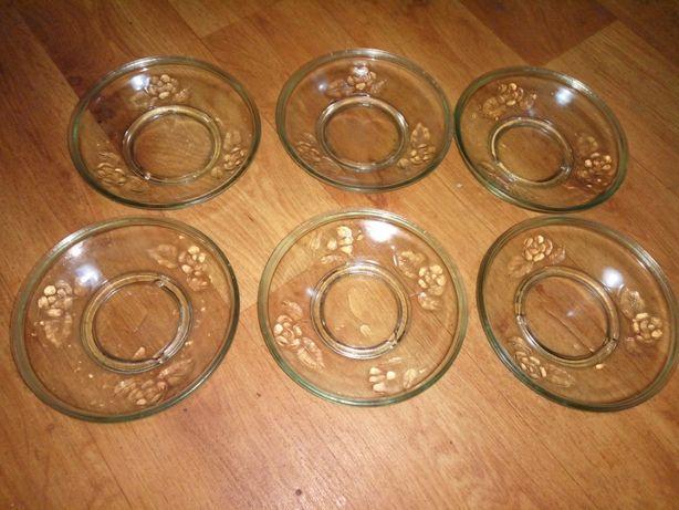 Набор тарелок стекло не глубокие СССР