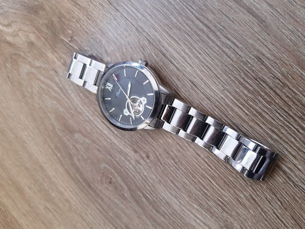 Японские наручные часы. Покупались в Токио.