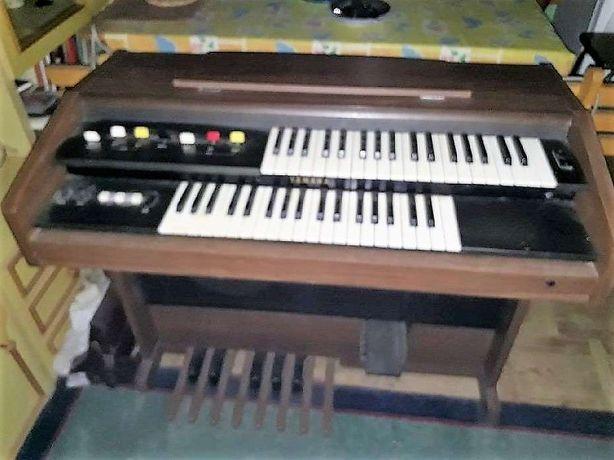 Organy Yamaha Model A-55
