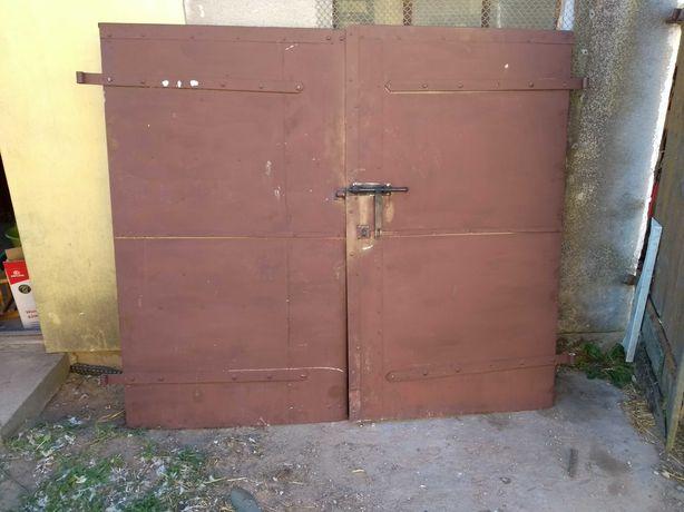 Drzwi garażowe,