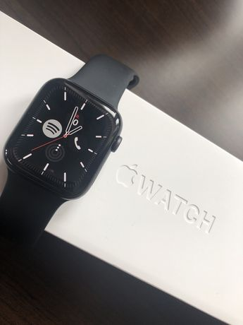 Apple Watch Series 5 Cellular Aluminium 44mm