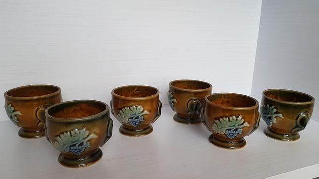 Ozdobne porcelanowe kubki PRL