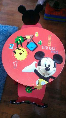 Mesa + 2 cadeiras Rato Mickey