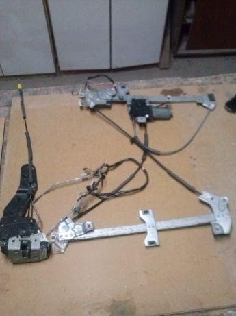 mechanizm podnoszenia szyby dodge ram 1500 z 2012 roku