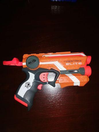 Pistolet nerf fire strike