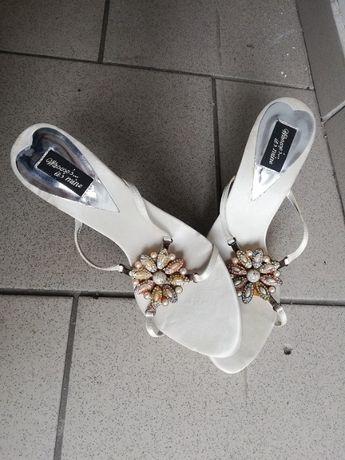 Buty buciki sandałki szpilki