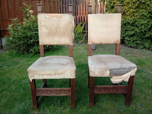 Piękne, zdobione Krzesła