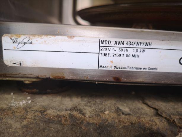 микроволновка на запчасти Whirlpool  AVM 434