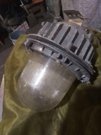 Фонарь Взрывозащищеный.220 вольт