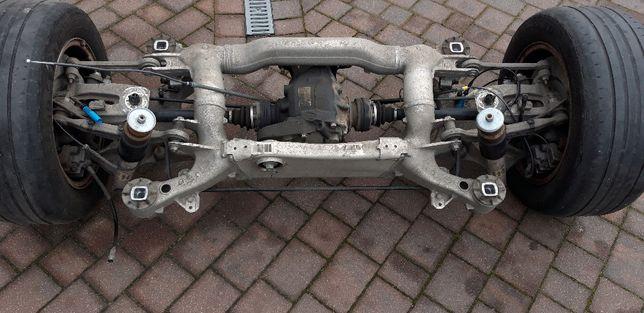 BMW E61 LIFT 2.0d 177KM most tył tylny 2.64