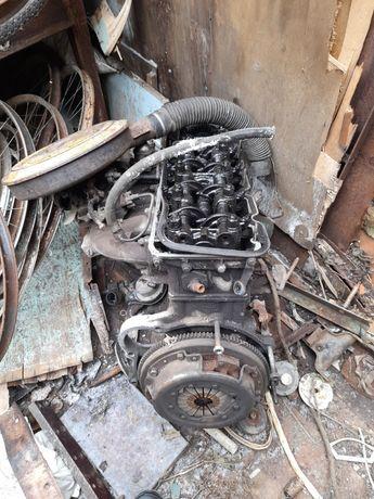 Балка мотор двигун двигатель кпп москвич 2141