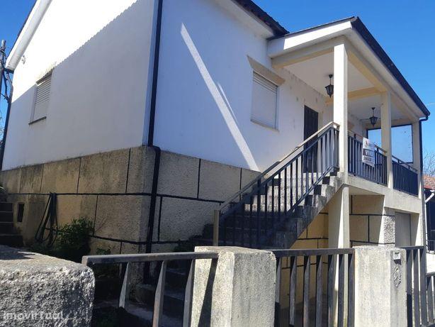 Moradia T3 Venda em Arco de Baúlhe e Vila Nune,Cabeceiras de Basto