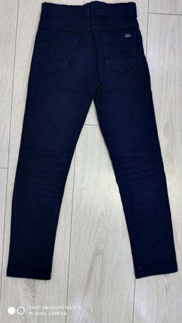 Котоновые брюки Tati Турция 10-11 лет