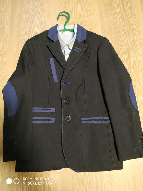 Продам стильовый пиджак.Рост 122