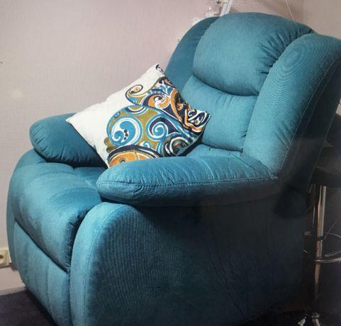 Продаются кресла - реклайнеры б/у