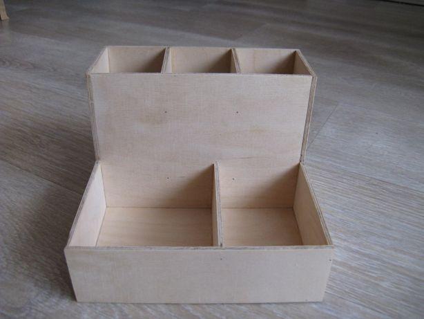 Nowy drewniany organizer na biurko