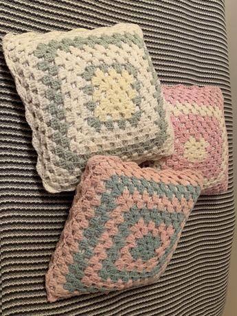 Poduszka szydełkowa szydełkowe pastelowa pastelowe