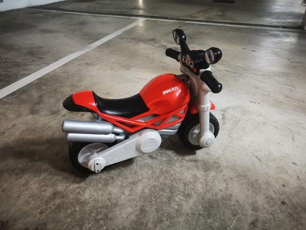 Mota criança Ducatti