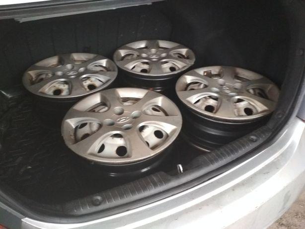 Оригинальные диски + колпаки r15 стальные 100*4, сталеві диски