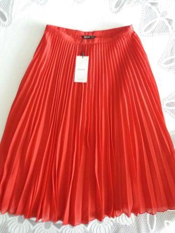 Spódnica damska plisowana czerwona rozm. 36