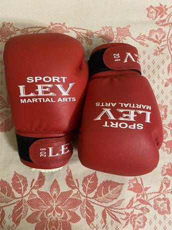 Боксерские перчатки и лапы