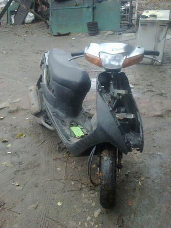 продам пластик б у на Suzuki lets new