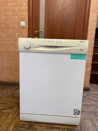 Посудомоечная машина BEKO 3505 LL, полноразмерная 60 см