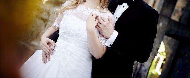 Suknia ślubna!! + bolerko 156-165 cm rozm. 40, 42