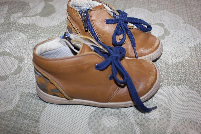 Ботинки кроссовки рыжие коричневые Clarks 26 размер