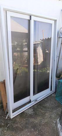 Portadas para varanda - 2 portas vidro de correr