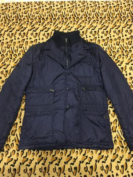 Продам куртку молодежную демисезонную
