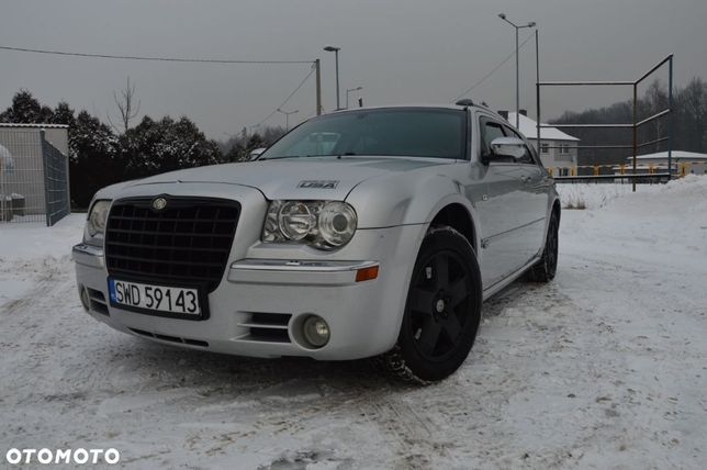 Chrysler 300C Chrysler 300c AWD Touring 3.5 V6 LPG