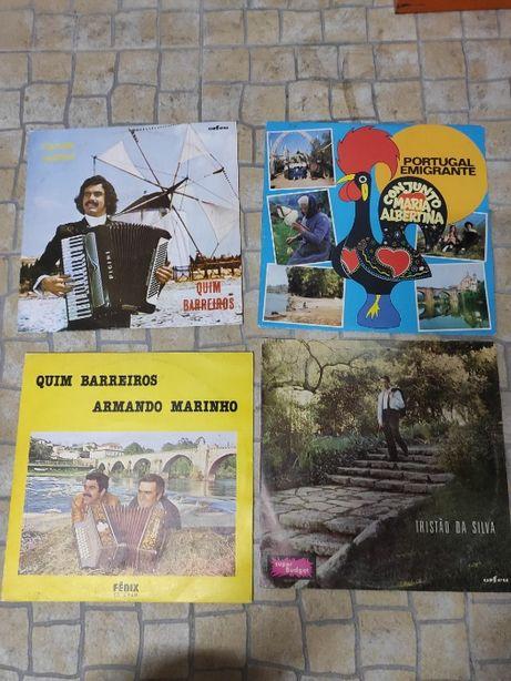 Vinyl de artistas populares (15€ juntos. 5€ separados)