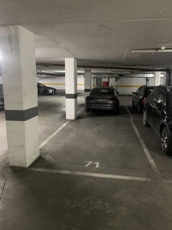 Lugar garagem na Ajuda, Lisboa