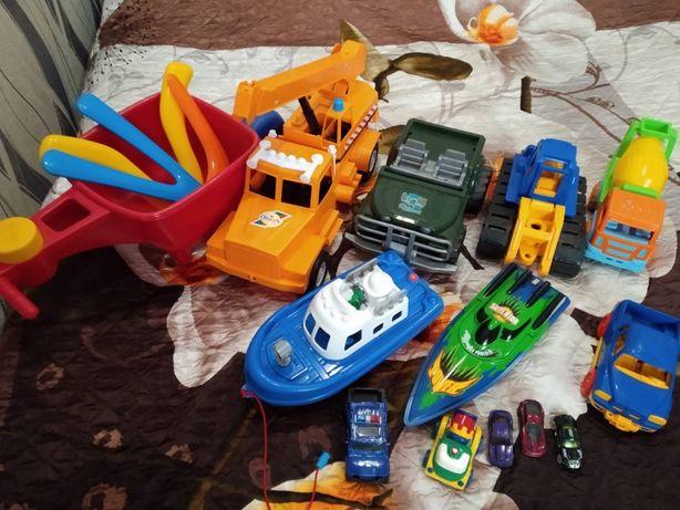 Машины катера бумеранги