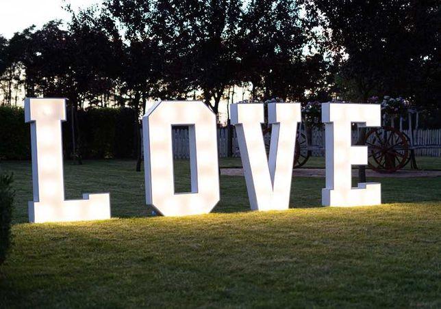 Napis LOVE / Liczba 18 - podświetlane dekoracje. Wesele / Osiemnastka!