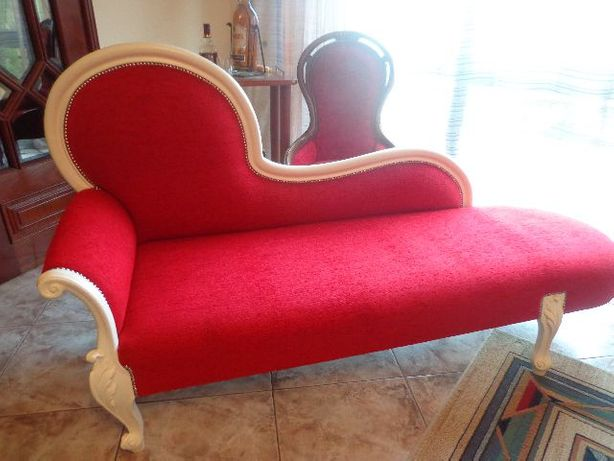 Canapé chaise longue NOVO em lacado branco perola e vermelho