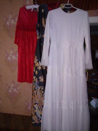 Продам свадебное платье из кружева.