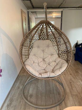 Кресло кокон, киев, бежевое удобное кресло