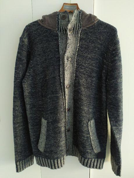 Sweter z kapturem rozmiar L