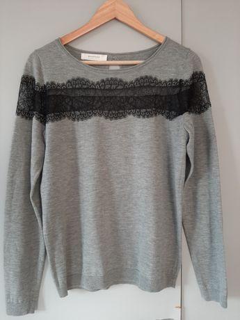 Szary lekki sweter Promod z koronką bardzo dobry stan 38