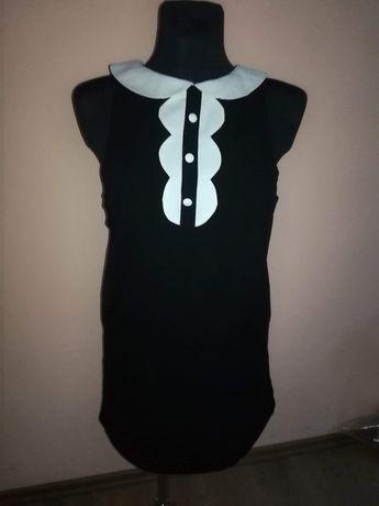 Elegancka sukienka z kolnierzykiem