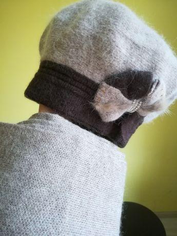 Ангоровый берет и шарф, комплект