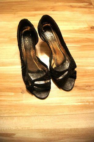 czarne eleganckie szpilki na krotkiej szpilce niskie baletki 38
