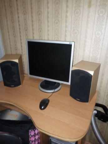 Столик под компьютер