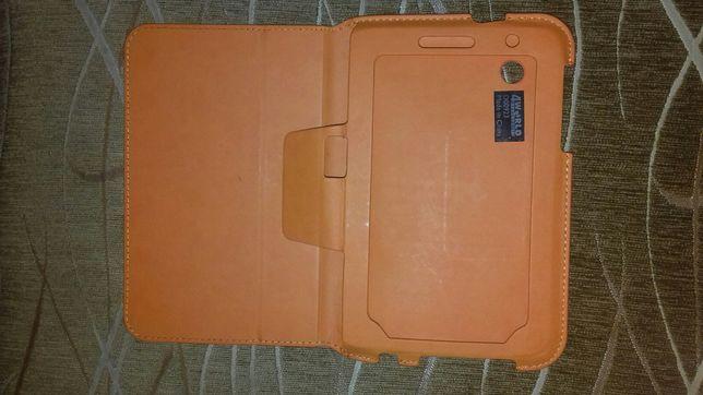 Etui na tablet pomarańczowe