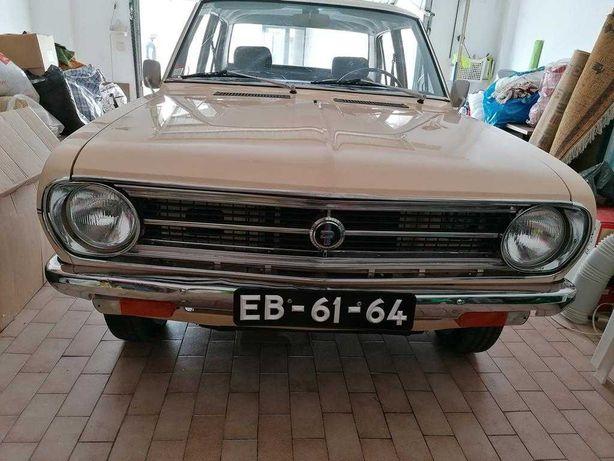 Clássico Datsun 1200 de 1971
