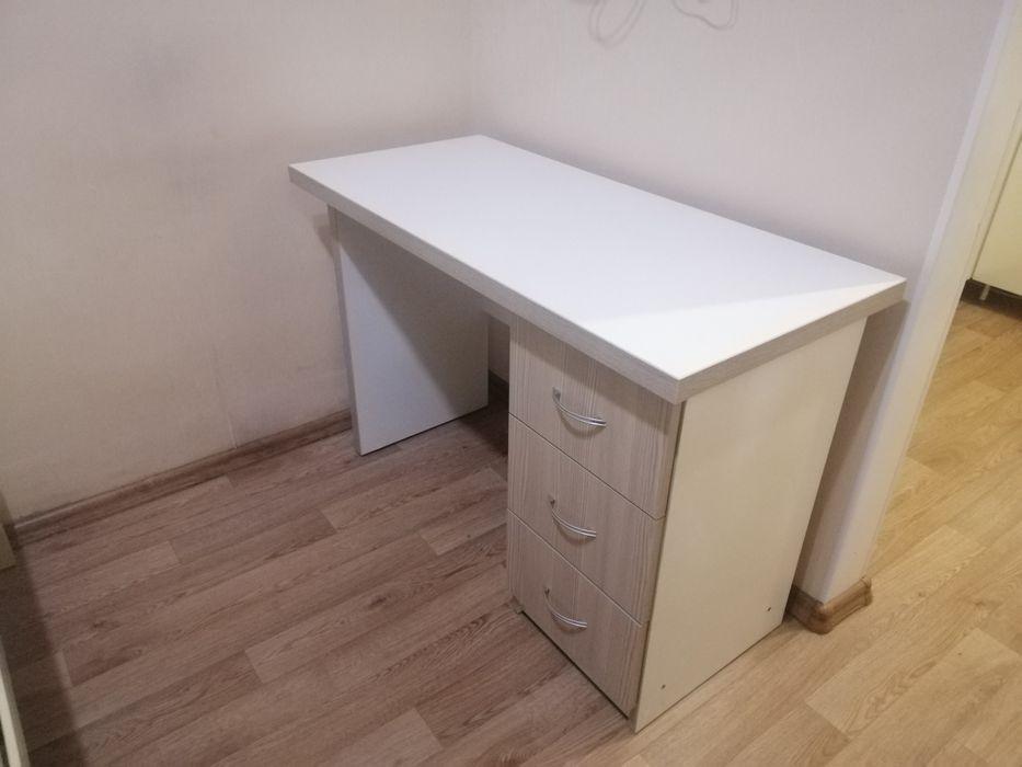 Продам стол письменный Одесса - изображение 1
