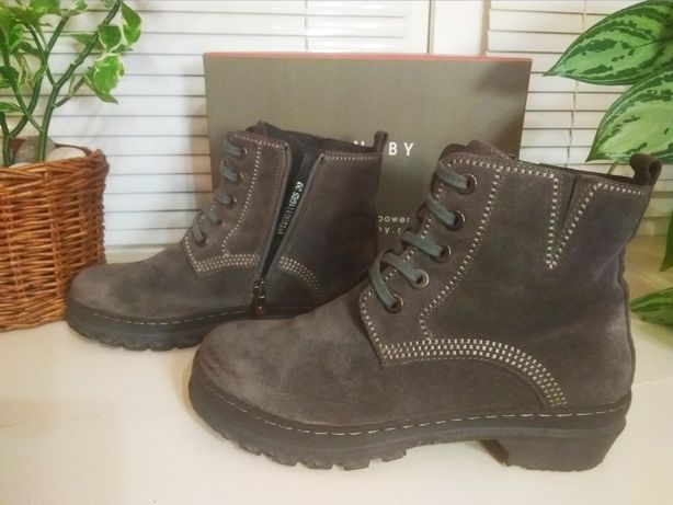 Ботинки CARNABY оригинал(нубук). Цена 1500 грн.