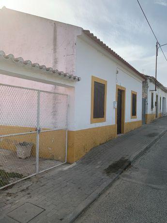 Casa rústica em Alcanhões/Santarém